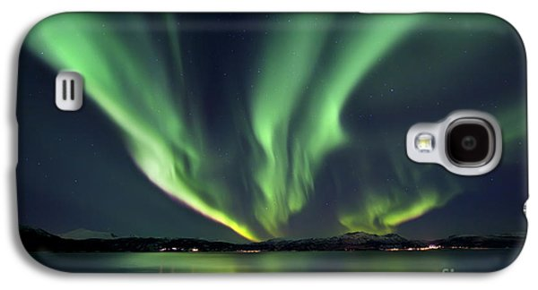 Glow Photographs Galaxy S4 Cases - Aurora Borealis Over Tjeldsundet Galaxy S4 Case by Arild Heitmann