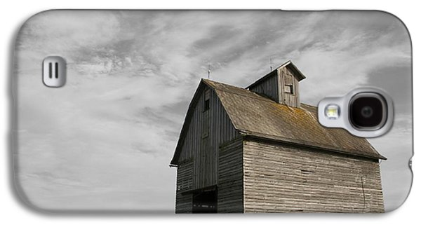 Old Barns Galaxy S4 Cases - Austerity Galaxy S4 Case by Dylan Punke