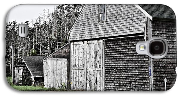 Old Maine Barns Galaxy S4 Cases - Barns of Time Galaxy S4 Case by Marcia Lee Jones