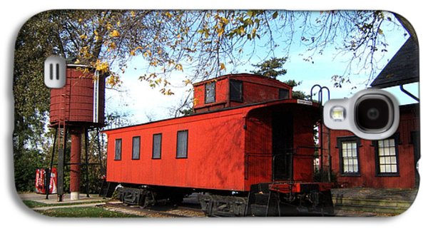 Caboose Photographs Galaxy S4 Cases - Batavia Depot Caboose Galaxy S4 Case by Ely Arsha