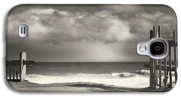Ocean Art. Beach Decor Galaxy S4 Cases - Beach Fence - Wellfleet Cape Cod Galaxy S4 Case by Dapixara Art