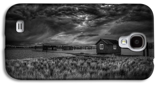 Nature Scene Photographs Galaxy S4 Cases - Before the storm Galaxy S4 Case by Erik Brede
