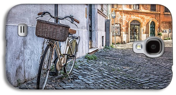 Old Door Galaxy S4 Cases - Bike with basket on streets of Rome Galaxy S4 Case by Edward Fielding