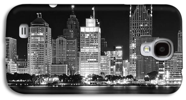 Black And White Detroit Night Galaxy S4 Case by Frozen in Time Fine Art Photography
