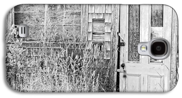 Shed Digital Art Galaxy S4 Cases - Black and White Old Building In Maine Galaxy S4 Case by Keith Webber Jr