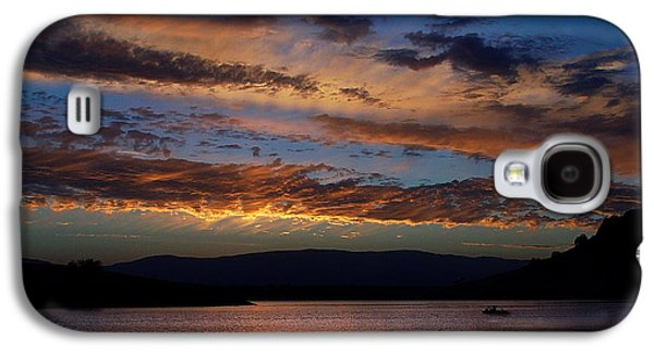 Boats On Water Galaxy S4 Cases - Black Butte Sunset Galaxy S4 Case by Peter Piatt