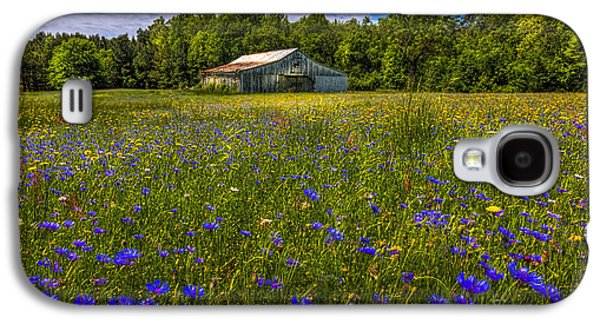 Summer Storm Galaxy S4 Cases - Blooming Country Meadow Galaxy S4 Case by Marvin Spates