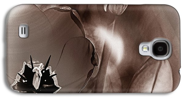 Blooming Tulips Galaxy S4 Case by Michael Naegele