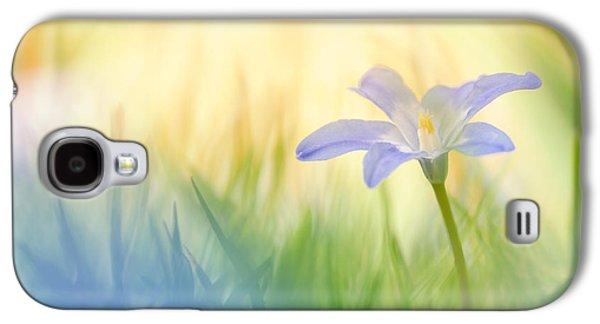 Sun Galaxy S4 Cases - Bluebell Galaxy S4 Case by Dirk Petersen