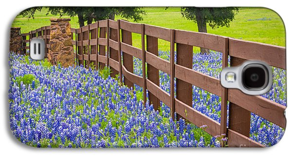 Landmarks Photographs Galaxy S4 Cases - Bluebonnet Fence Galaxy S4 Case by Inge Johnsson
