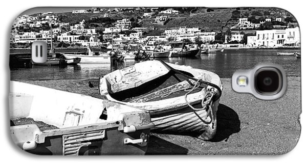 Boats In Harbor Galaxy S4 Cases - Boats in the Mykonos Old Port mono Galaxy S4 Case by John Rizzuto