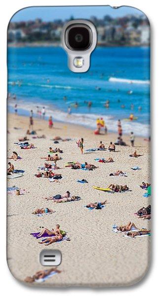 Beach Photos Galaxy S4 Cases - Bondi People Galaxy S4 Case by Az Jackson