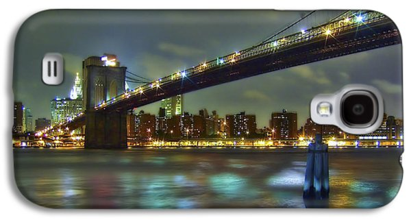 City Photographs Galaxy S4 Cases - Brooklyn Bridge Galaxy S4 Case by Evelina Kremsdorf