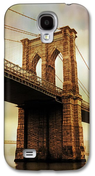Brooklyn Bridge Digital Galaxy S4 Cases - Brooklyn Bridge Perspective Galaxy S4 Case by Jessica Jenney