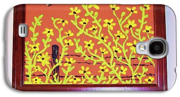 Bumble Bee And Daisies Galaxy S4 Case by Peggy Leyva Conley