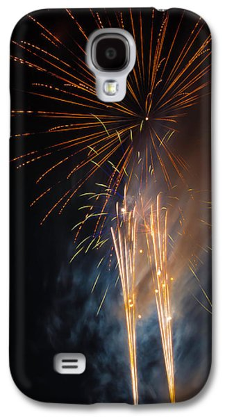 Bursting Colorful Fireworks Galaxy S4 Case by Garry Gay