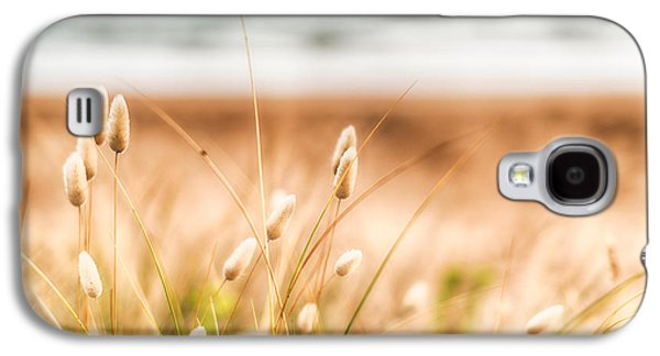 Button Grass Galaxy S4 Case by Jonathan Williams