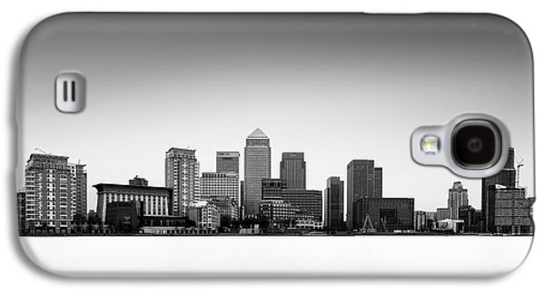 Canary Wharf Skyline Galaxy S4 Case by Ivo Kerssemakers