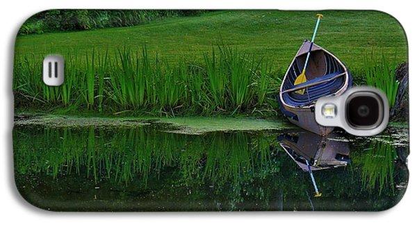 Alga Galaxy S4 Cases - Canoe Reflection Galaxy S4 Case by Karl Anderson