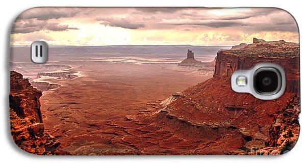Haybale Galaxy S4 Cases - Canyonland Rain Galaxy S4 Case by Robert Bales