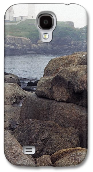 Cape Neddick Lighthouse Galaxy S4 Cases - Cape Neddick Lighthouse York Maine Galaxy S4 Case by Thomas R Fletcher