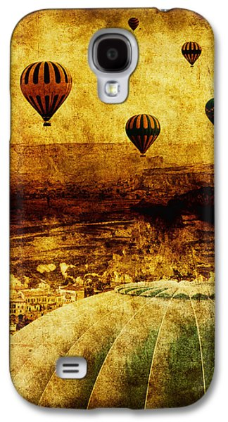 Balloons Galaxy S4 Cases - Cerebral Hemisphere Galaxy S4 Case by Andrew Paranavitana