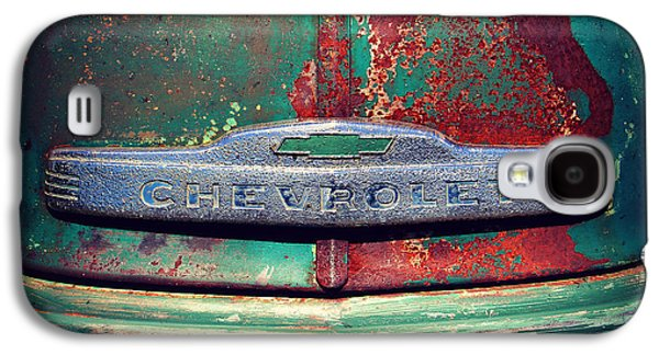 Old Trucks Photographs Galaxy S4 Cases - Chevy Rust Galaxy S4 Case by Perry Webster