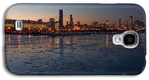Chicago Galaxy S4 Cases - Chicago skyline at Dusk Galaxy S4 Case by Sven Brogren