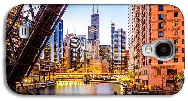 Chicago Skyline At Night And Kinzie Bridge Galaxy S4 Case by Paul Velgos