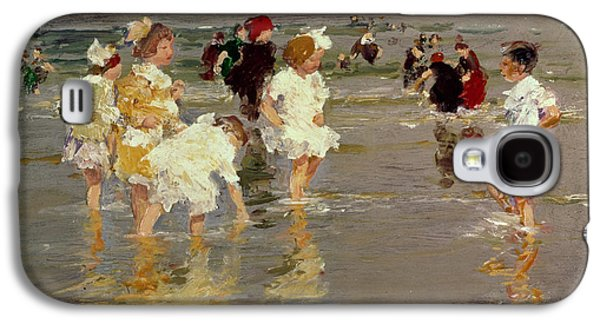 Children On The Beach Galaxy S4 Case by Edward Henry Potthast