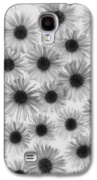 Stigma Galaxy S4 Cases - Chrysanthemum Flowers Galaxy S4 Case by Graeme Harris