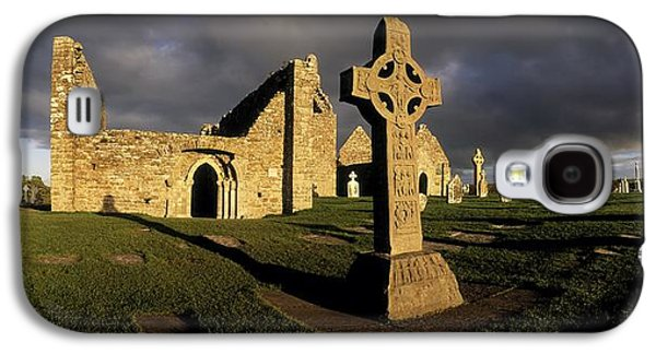 Wooden Sculpture Galaxy S4 Cases - Clonmacnoise Monastery, Co Offaly Galaxy S4 Case by The Irish Image Collection