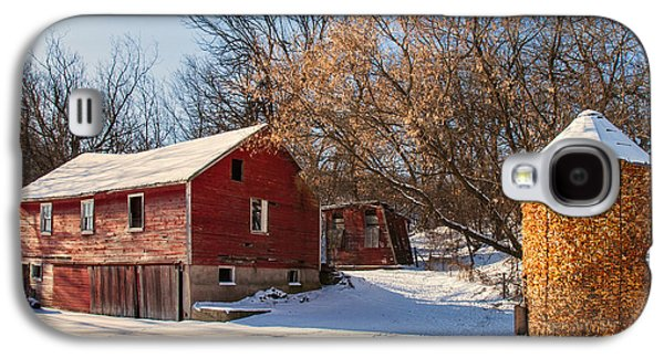 Corn Cribbed Barn Galaxy S4 Case by Todd Klassy