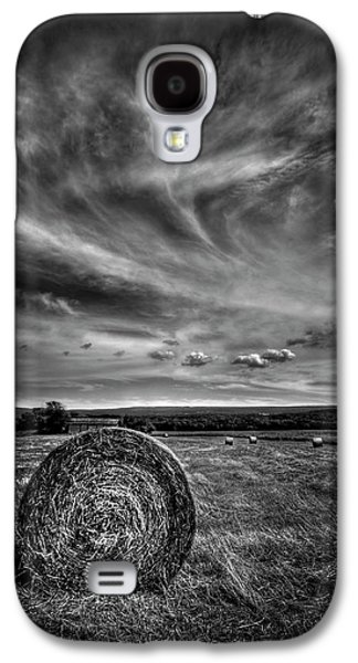 Hay Bales Galaxy S4 Cases - Country High Galaxy S4 Case by Evelina Kremsdorf