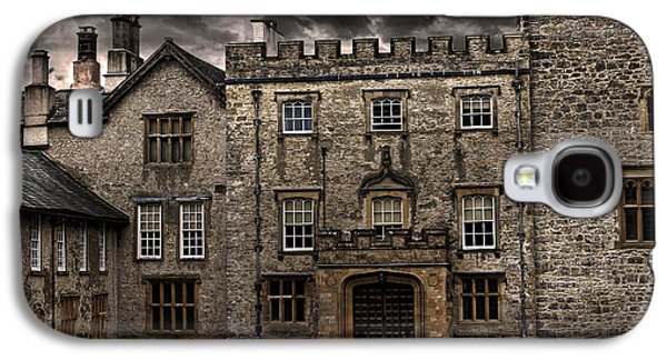Castle Photographs Galaxy S4 Cases - Country House Galaxy S4 Case by Martin Newman