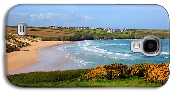 Surfer Magazine Galaxy S4 Cases - Crantock bay and beach North Cornwall England UK near Newquay with waves in spring Galaxy S4 Case by Michael Charles