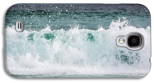 Splashy Photographs Galaxy S4 Cases - Crashing Waves Galaxy S4 Case by Shelby  Young