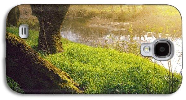 River Scenes Photographs Galaxy S4 Cases - Creek Shore  Galaxy S4 Case by Carlos Caetano