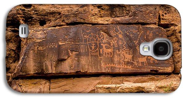 Daddy Canyon Petroglyph - Nine Mile Canyon - Utah Galaxy S4 Case by Gary Whitton