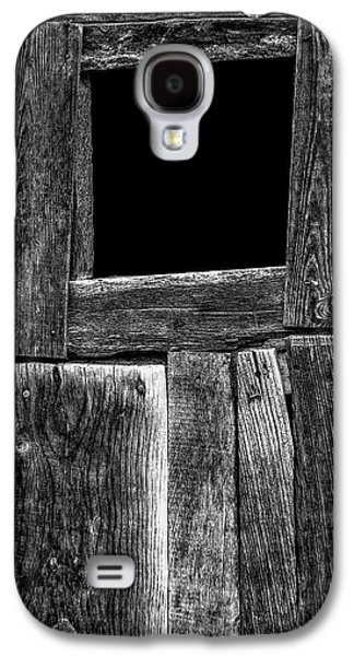 Photographs Galaxy S4 Cases - Dark Door Galaxy S4 Case by Edgar Laureano