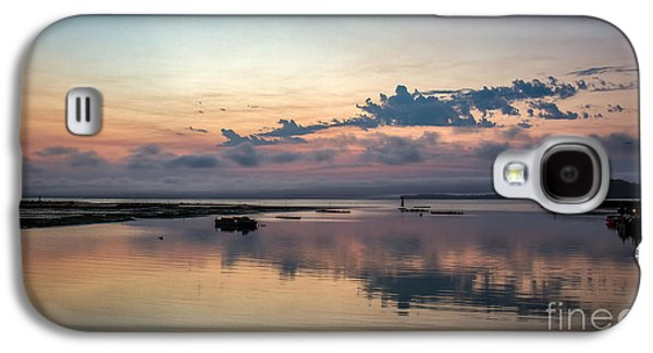 Sun Galaxy S4 Cases - Dawn On The Willapa Bay Galaxy S4 Case by Robert Bales