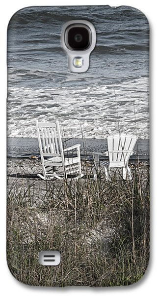 Earth Tones Photographs Galaxy S4 Cases - Daydreaming by the Sea  Galaxy S4 Case by Betsy C  Knapp