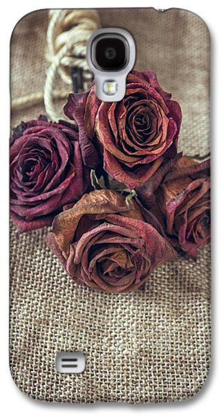 Dead Roses Galaxy S4 Case by Carlos Caetano