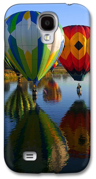 Hot Air Balloon Galaxy S4 Cases - Dipping the Basket Galaxy S4 Case by Mike  Dawson