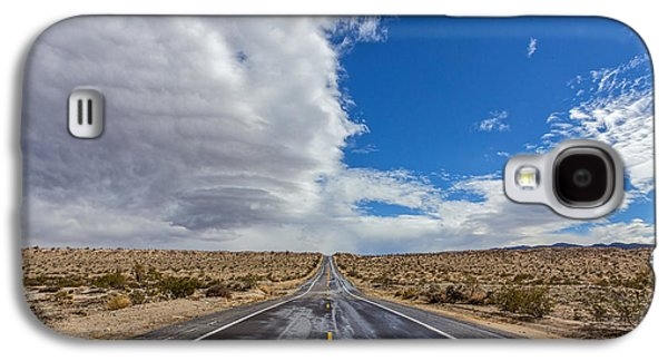 Mountain Road Galaxy S4 Cases - Divided Highway Galaxy S4 Case by Peter Tellone