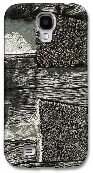 Log Cabin Interiors Galaxy S4 Cases - Dovetail Log Structure Galaxy S4 Case by Donald  Erickson