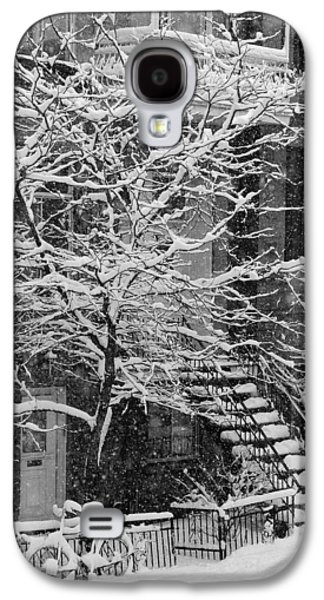 Colour Image Photographs Galaxy S4 Cases - Drolet Street In Winter, Montreal Galaxy S4 Case by Yves Marcoux