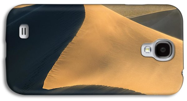Sand Dunes Galaxy S4 Cases - Dust in the Wind Galaxy S4 Case by Mike Dawson