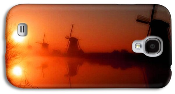 Abstract Digital Pastels Galaxy S4 Cases - Dutch Windmills At Sunset H A Galaxy S4 Case by Gert J Rheeders