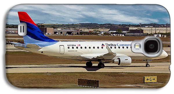 Embraer Erj-170-100se Shuttle America And Delta Connection In San Antonio Galaxy S4 Case by Wernher Krutein